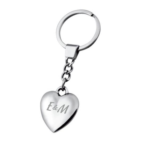 Гравиран ключодържател сърце, в подаръчна кутия