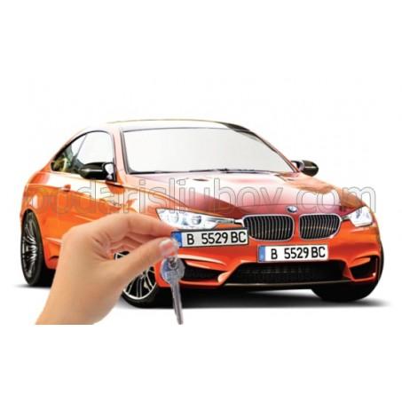 Уникален ключодържател Обичам те! с номера и марката на Вашия автомобил!
