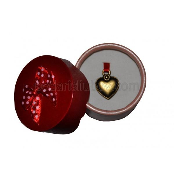 Висулка сърце в кутия