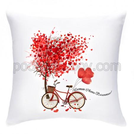 Възглавничка Романтика, колело и дърво със сърца
