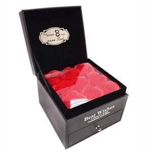 """Вечни роза в кутия за бижута """"С любов за Нея"""""""