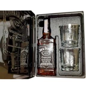 Джак Даниелс 700мл + 2 чаши в метална кутия