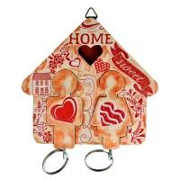 Дървена стойка с декорация - къщичка, за ключове - с човечета