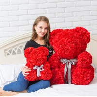За Свети Валентин! Мече от рози!