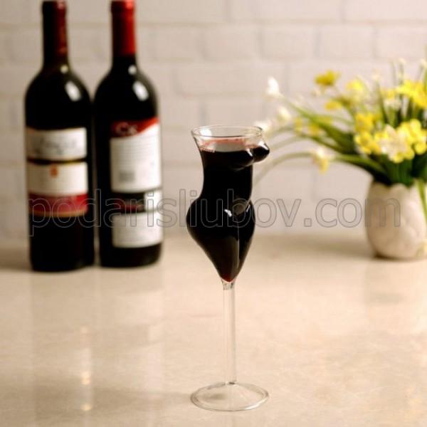 Стъклена чаша - Женско тяло, 200мл