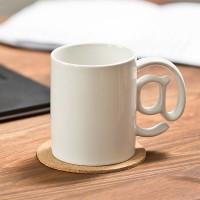 Бяла чаша за кафе, с дръжка @