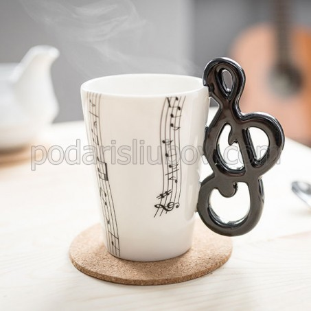 Чаша за музикант, с дръжка Сол ключ
