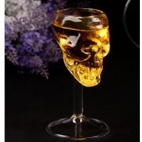 Стъклена чаша Череп за ракия