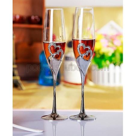 """Влюбени чаши за шампанско """"Сребърни сърца"""" в кутия"""