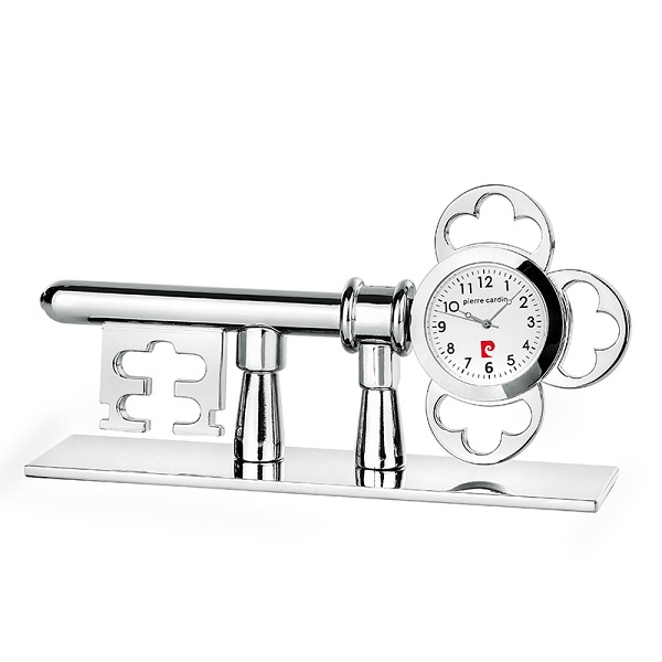 Часовник миниатюра ключ, Pierre Cardin