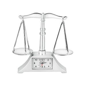 Часовник миниатюра везна, Pierre Cardin