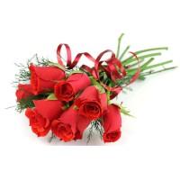 Семпъл букет от 7 рози, в кутия - добавете надпис по желание!