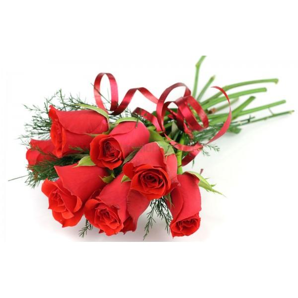 Семпъл букет от 7 рози - добавете надпис по желание!