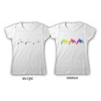 """Дамска соларна тениска """"Линията на Делфините"""""""