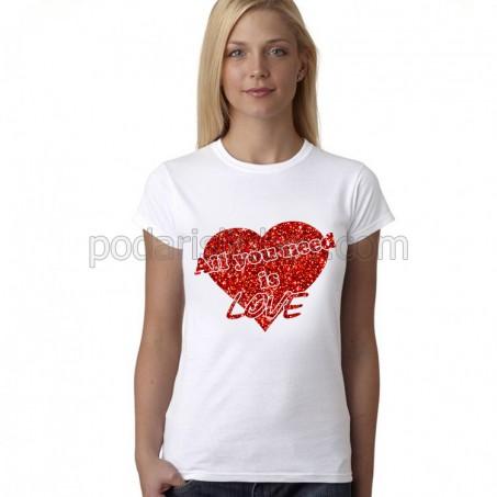 Дамска тениска All you need is LOVE