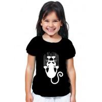 Детска тениска Висяща котка, черен цвят