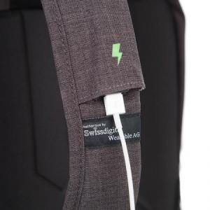 Елегантна смарт раница Swissdigital, USB port, RFID защита