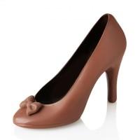Дамска обувка от шоколад
