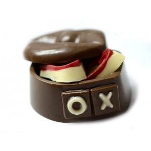 Кутийка ЦЕЛУВКА от шоколад, различни варианти