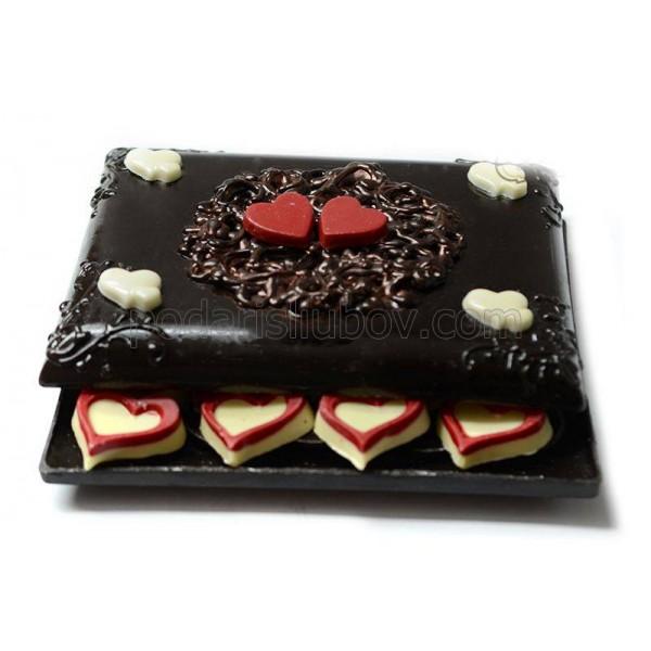 Уникална шоколадова бонбониера
