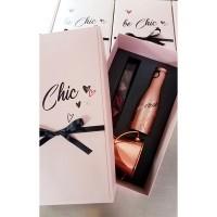 Луксозна кутия с бонбони, вино и шампаниера