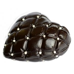 Шоколадово сърце със захарни перли