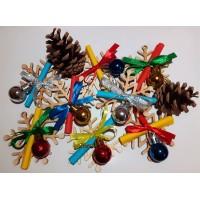 Коледно късметче с играчки за елхата