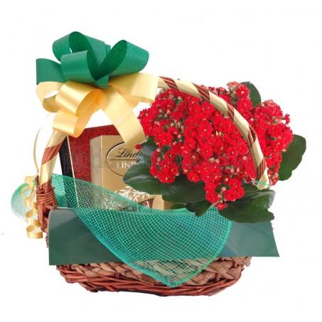 Кошница за шефа с бонбони, подаръчен сет и цвете