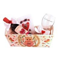 Обич моя - подарък за влюбени с вино и гравирана чаша