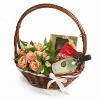 """Подаръчна кошница """"Изискана дама"""""""