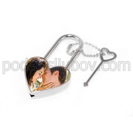 Романтичен катинар - сърце с Ваша снимка