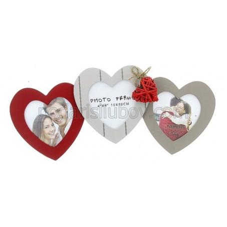 Романтична рамка Сърце с място за 3 снимки!