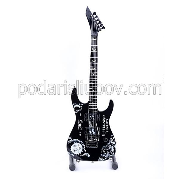 Сувенирна китара Kirk Hammett, Oujia (Metallica), черен цвят