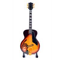 Сувенирна китара George Michael