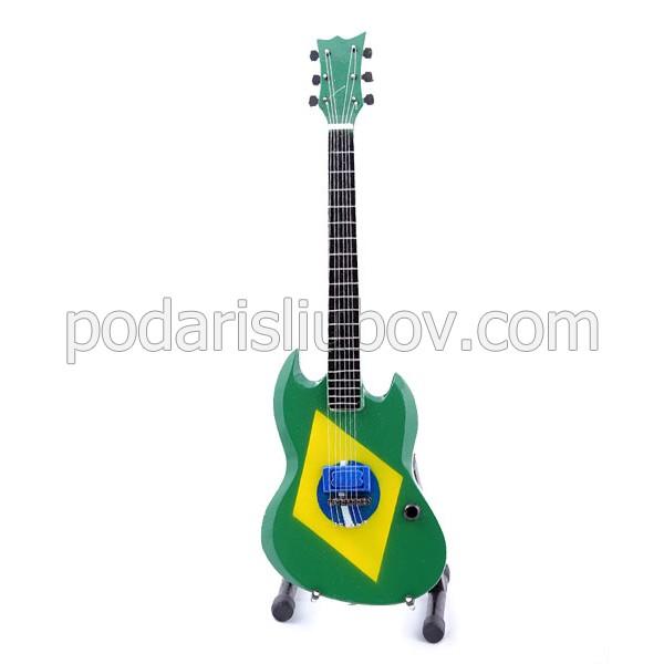 Сувенирна китара Max Cavalera