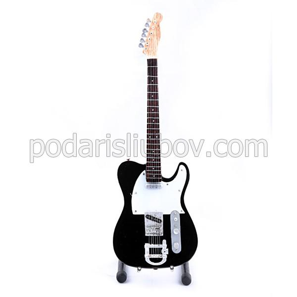 Сувенирна китара Marilyn Manson