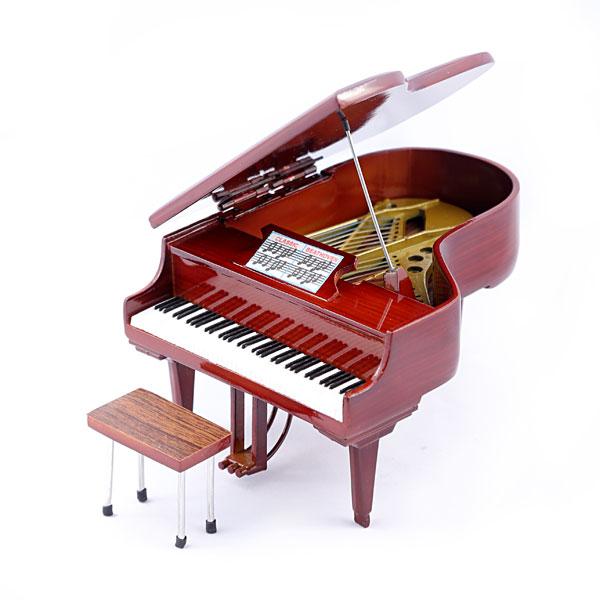 Сувенирен мини роял (пиано) от дърво